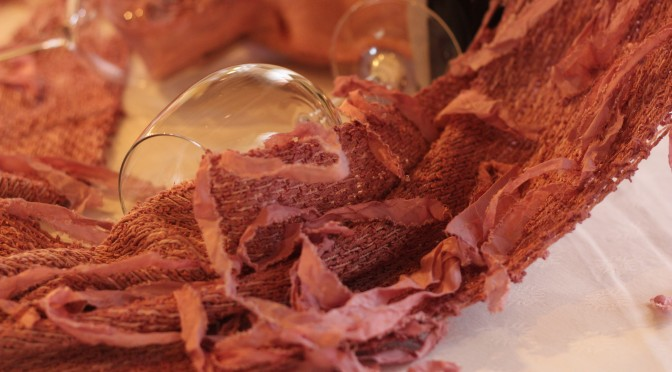 Wine Textures, esperienze sensoriali tra vino e tessuti
